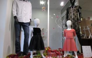 Vêtements homme, femme, enfants petits prix